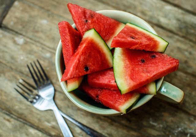 熱中症 対策 飲み物 ドリンク 食べ物